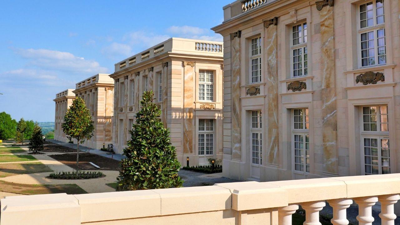 Château style Versailles & Grand Hôtel