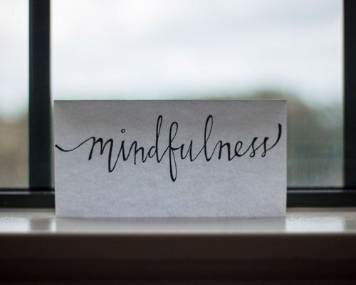 A small note saying mindfulness