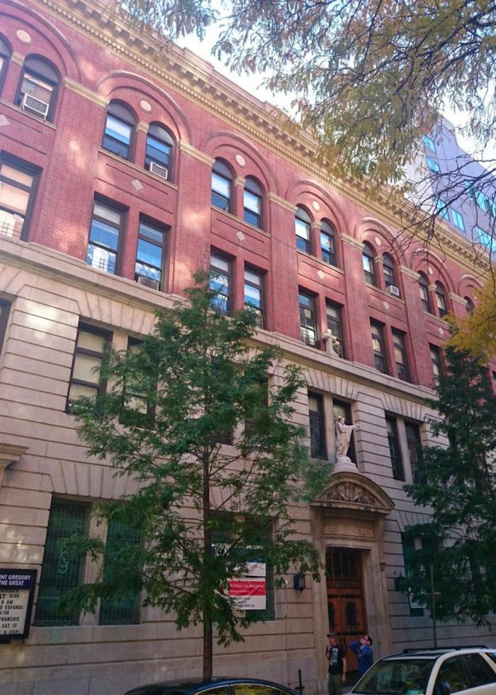 Geneva School of Manhattan building