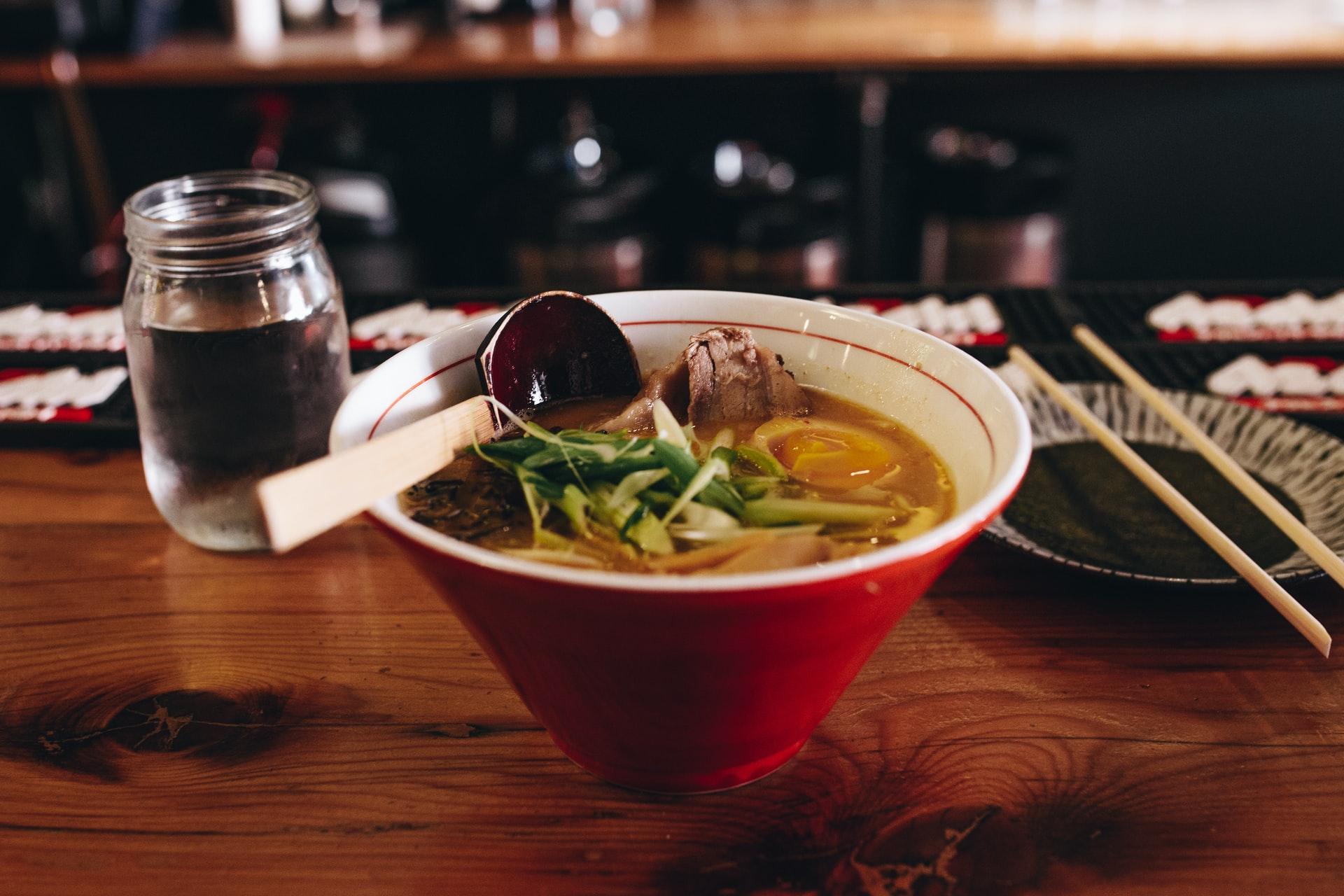 Lam & grønnsaksuppe til 4