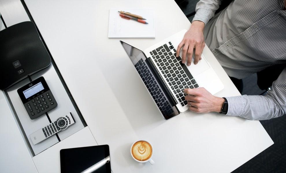 choisir salariat ou freelance