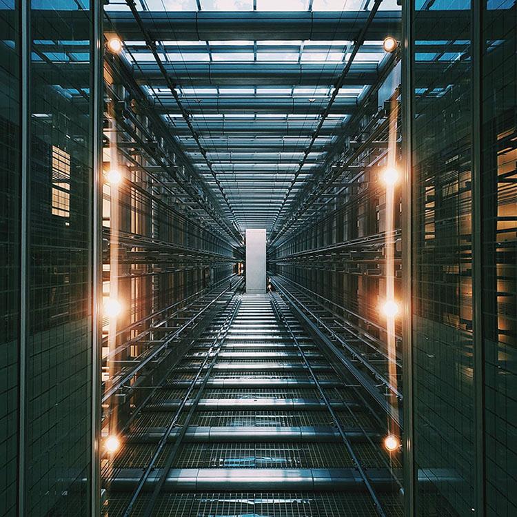 picture of server racks