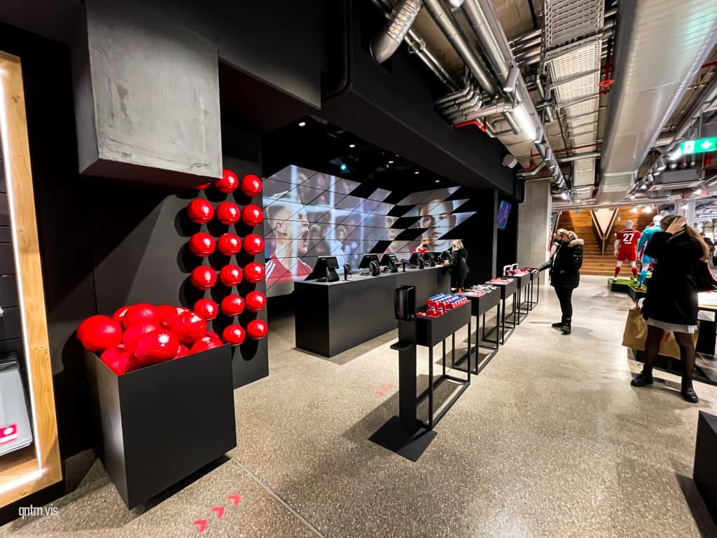 FC Bayern World München Flagship Store Kasse