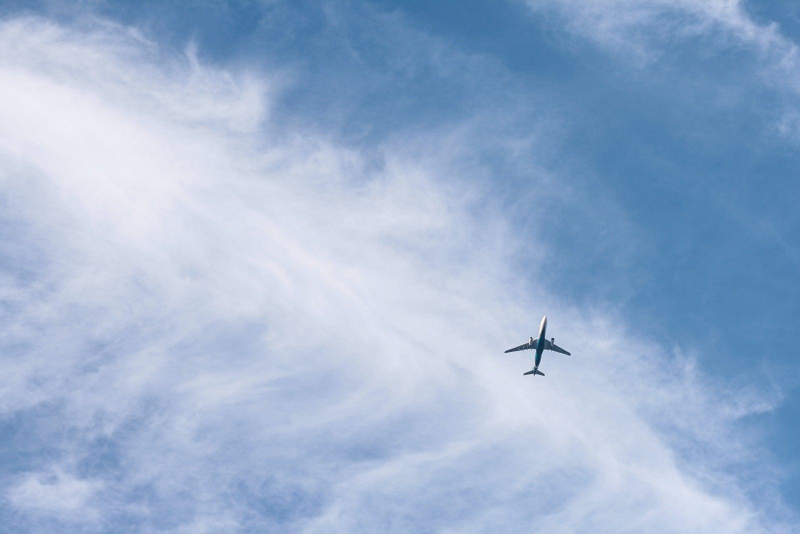 Comparaison bilan carbone avion et voiture : qui est le meilleur élève ?
