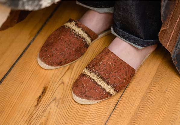 Brown bark fabric espadrilles with light contrast stripe