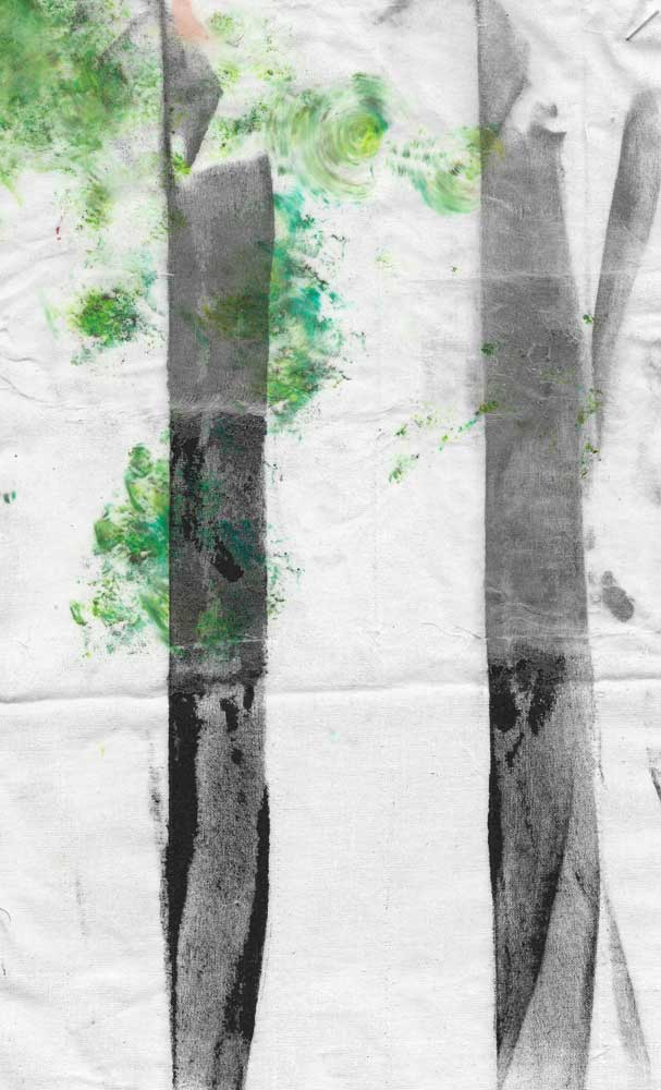 Two-layer textile experiment with columnar print on the bottom layer and above it green abstract crisis on transparent silk