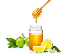 8. Tự làm Thuốc detox giảm mỡ bụng từ Chanh mật ong
