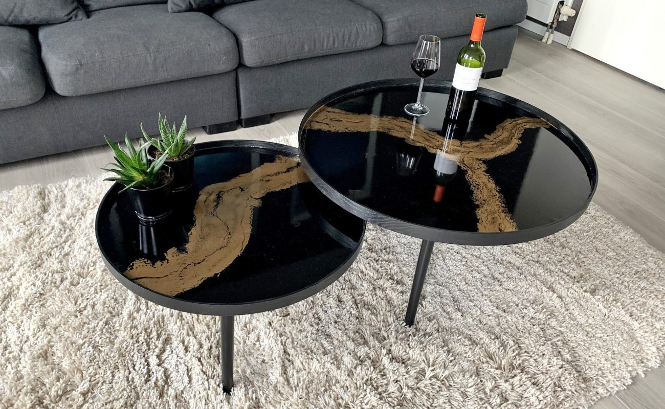 A saloon table by My Resin