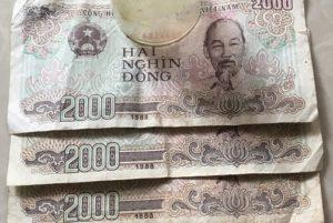 Cách làm bùa yêu bằng tiền 2000