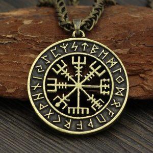 Money Amulet - đồng tiền mang lại bình an