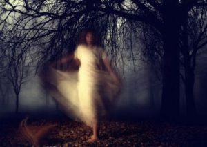 Nghe tiếng Ma khóc trong lùm cây