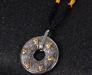 Bùa hộ mệnh thần tài Tibetan Lucky Amulet