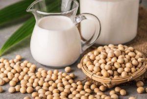 Ăn nhiều thực phẩm chứa estrogen tự nhiên