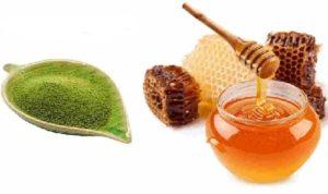 Mặt nạ trà xanh + mật ong trị mụn ẩn dưới da tại nhà hiệu quả