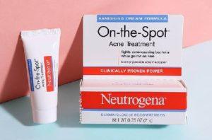 4.Cách trị mụn ẩn dưới da tại nhà với Neutrogena On The Spot Acne Treatment