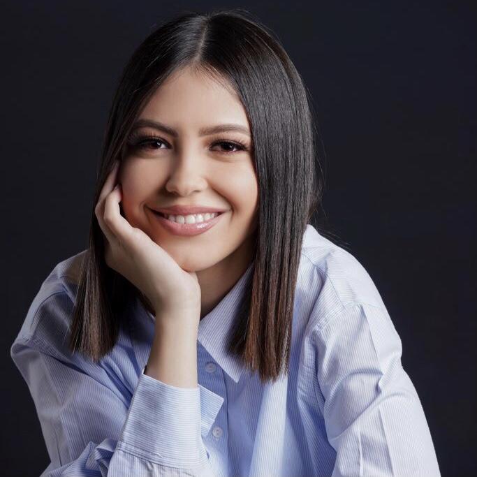 Portrait of Nancy Bosnoian
