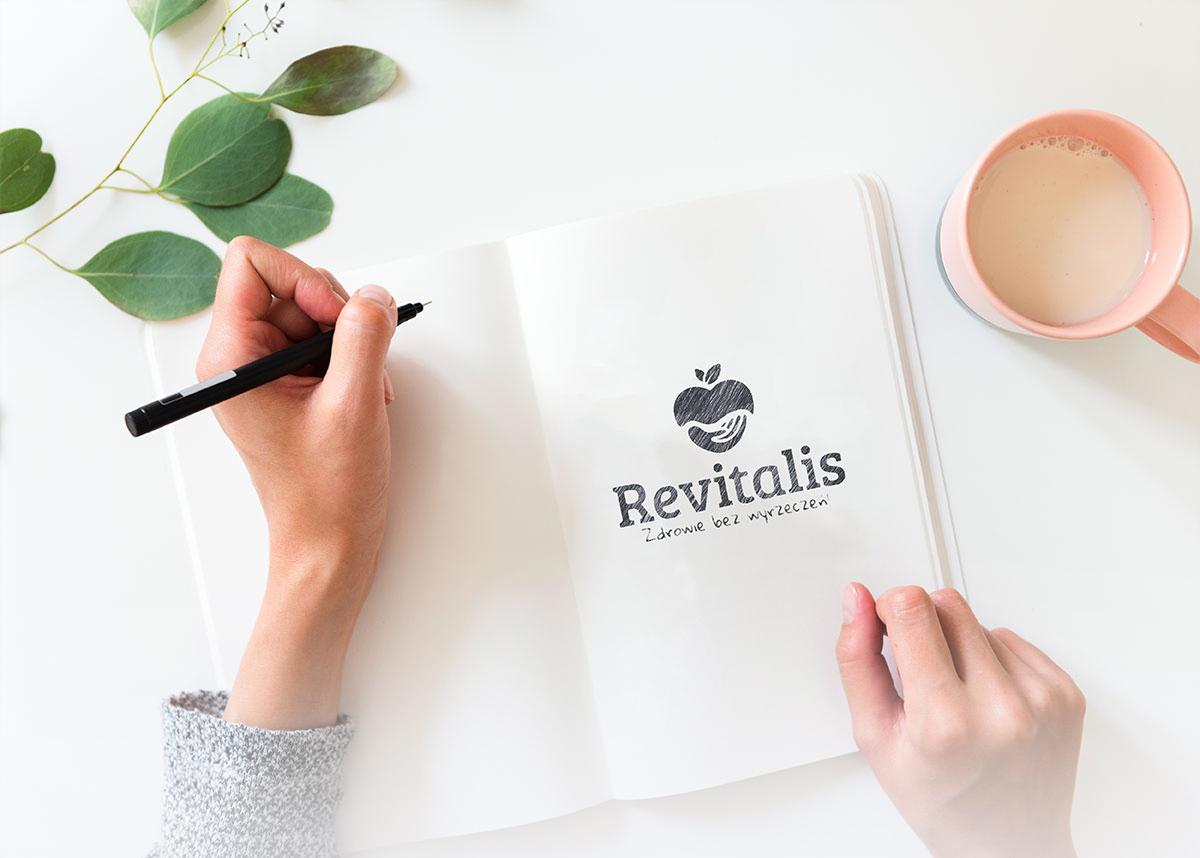 Projekt logo firmy Revitalis Zdrowie bez wyrzeczeń wizualizacja
