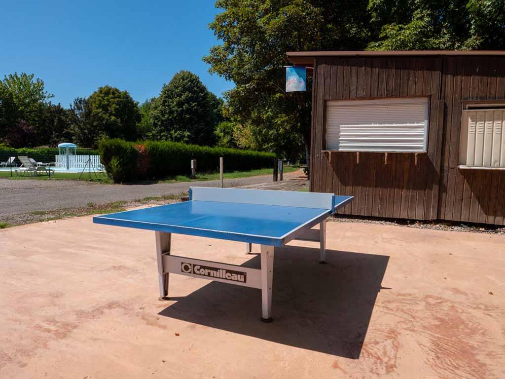 Ping pong au camping du Lot