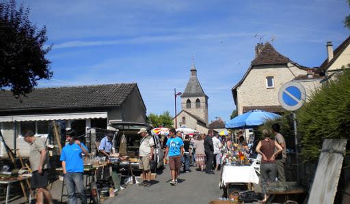 Marché producteurs locaux de PuyBrun dans le Lot