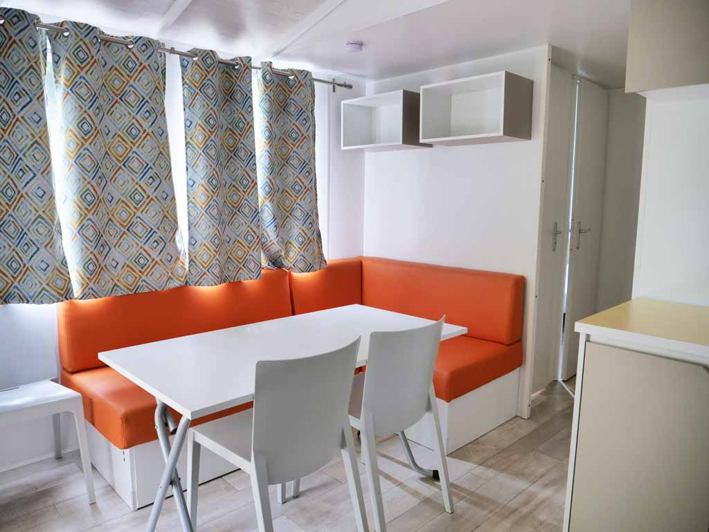 Intérieur de la location Mobile Home 3 chambres au camping du Lot
