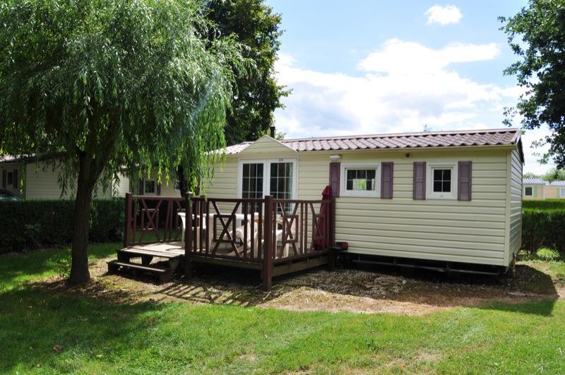Location mobil-home au camping en ville la Bourgnatelle dans le Lot