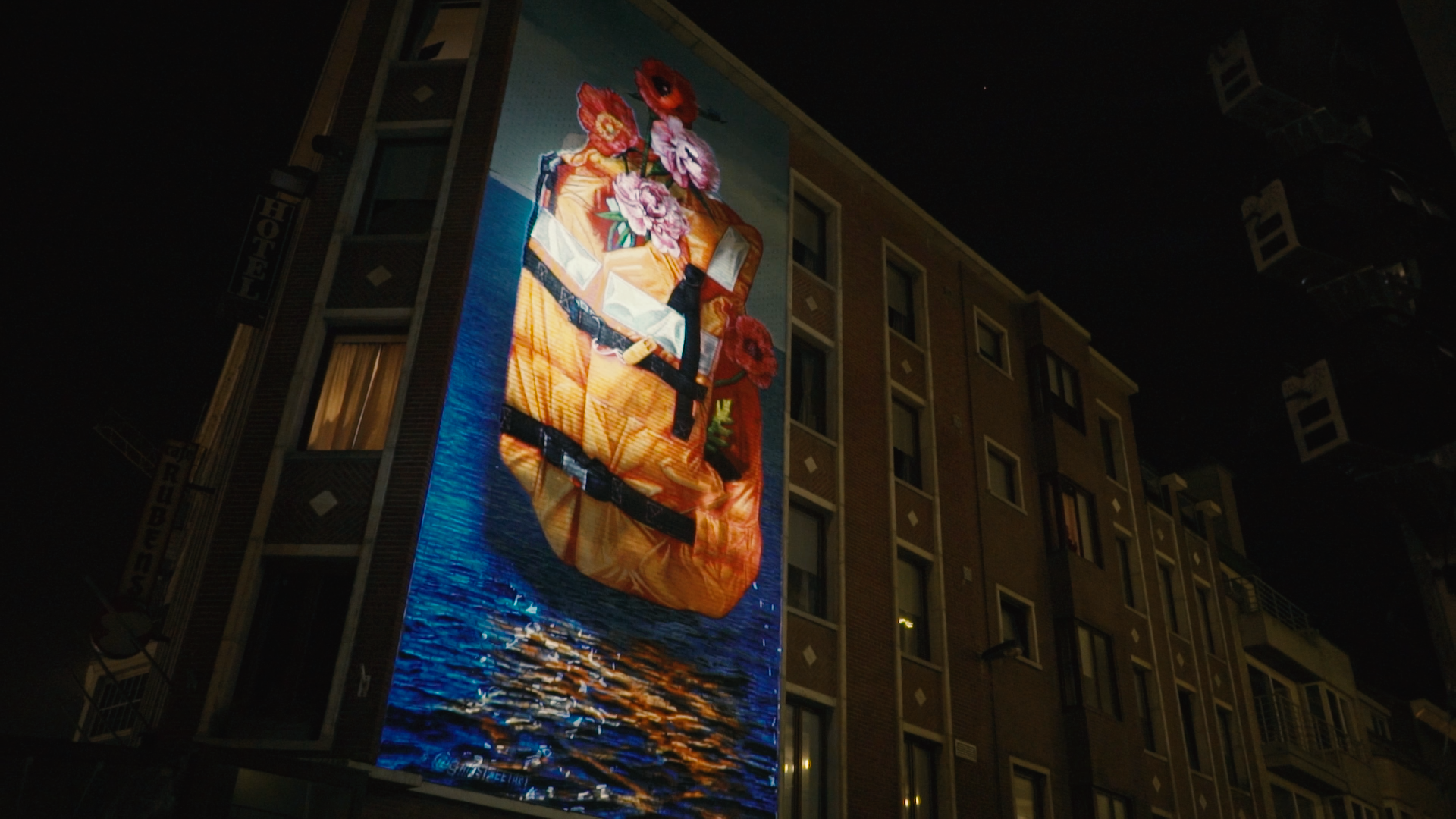 3D Videomapping Street Art GAIA The Crystal Ship By Night