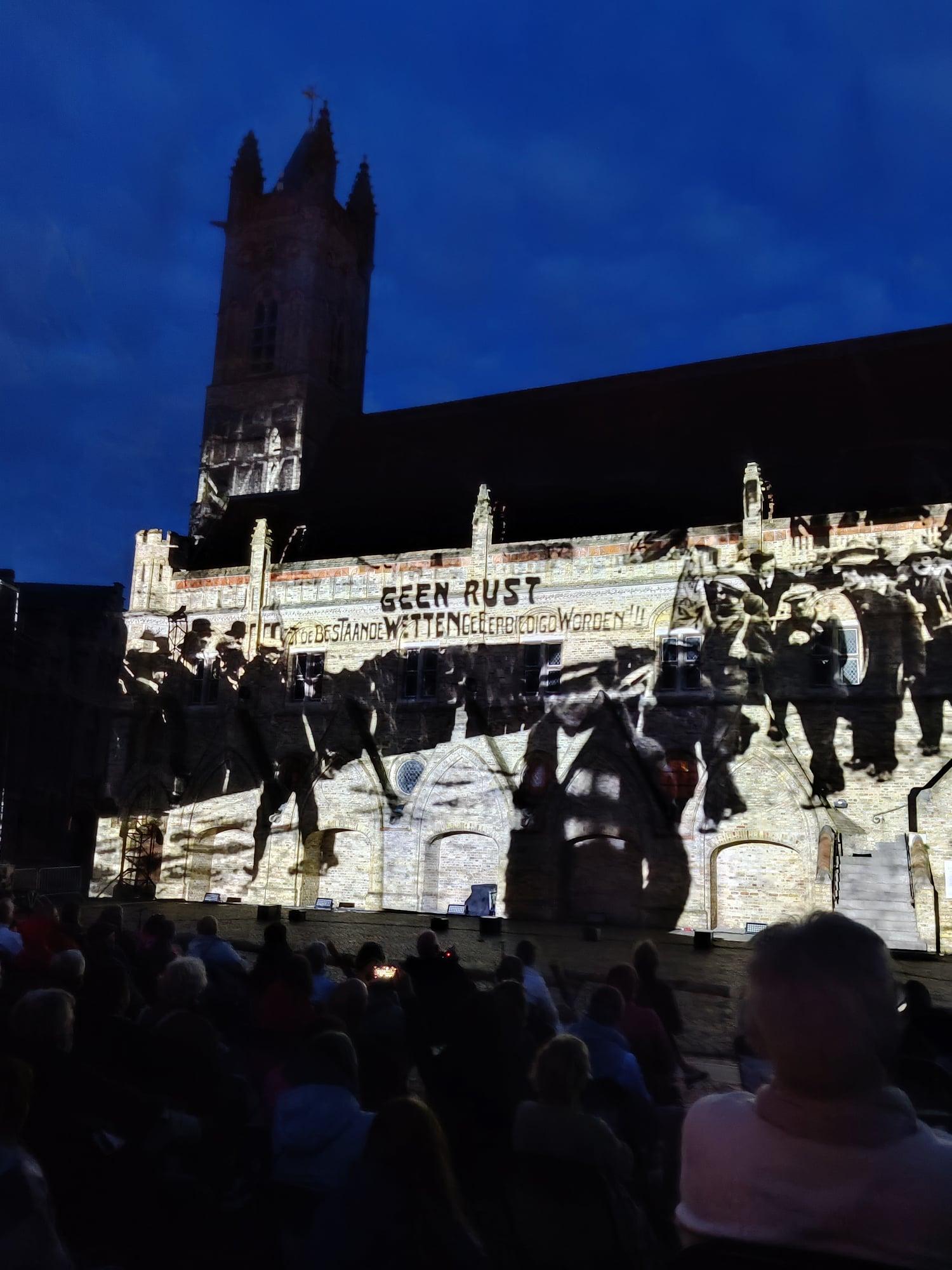 Videomapping - Historische Beelden - Stadshal Nieuwpoort