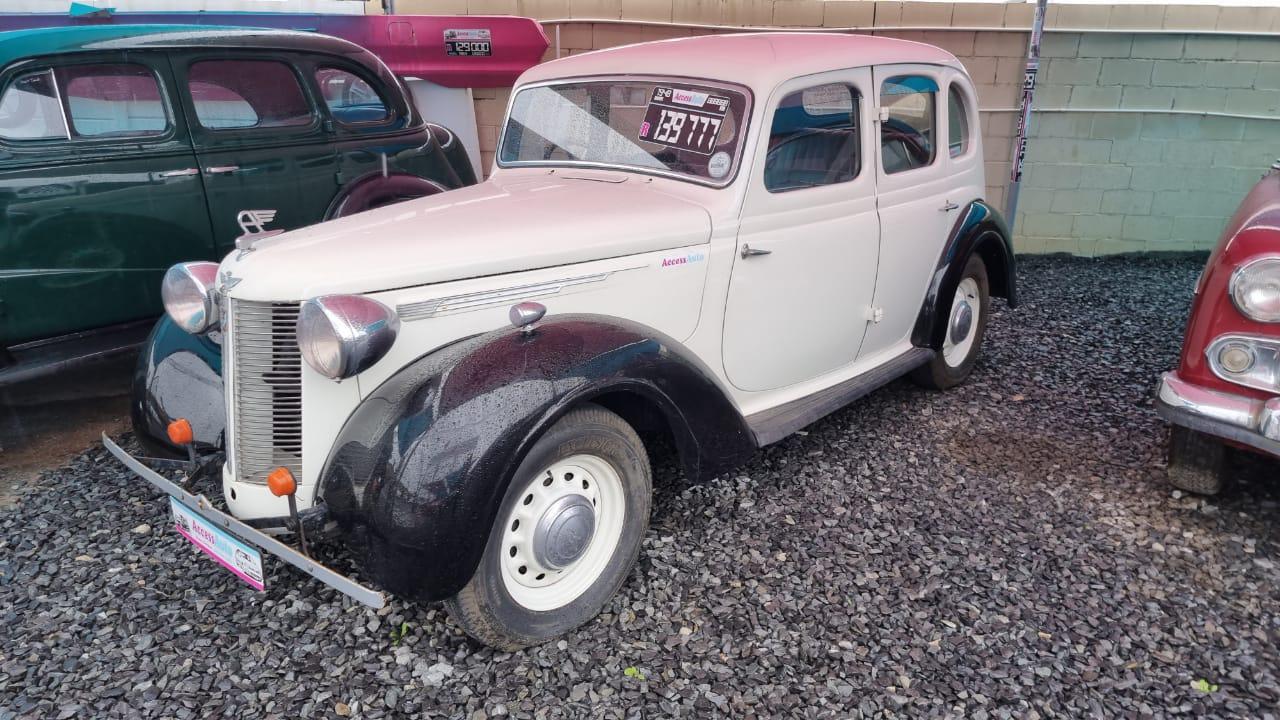 16 Sedan