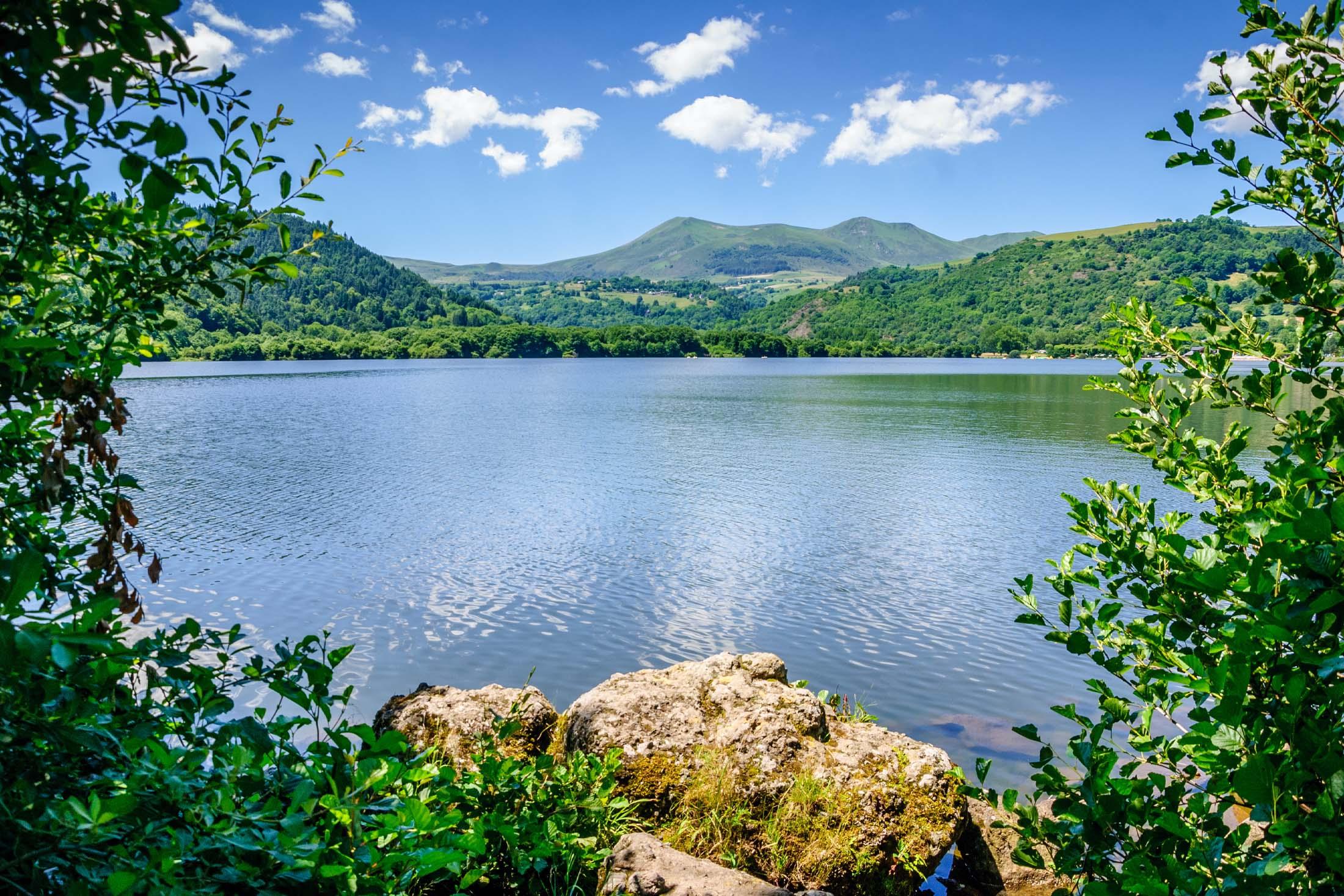 Top 10 des lacs incontournables de la région Auvergne-Rhône-Alpes