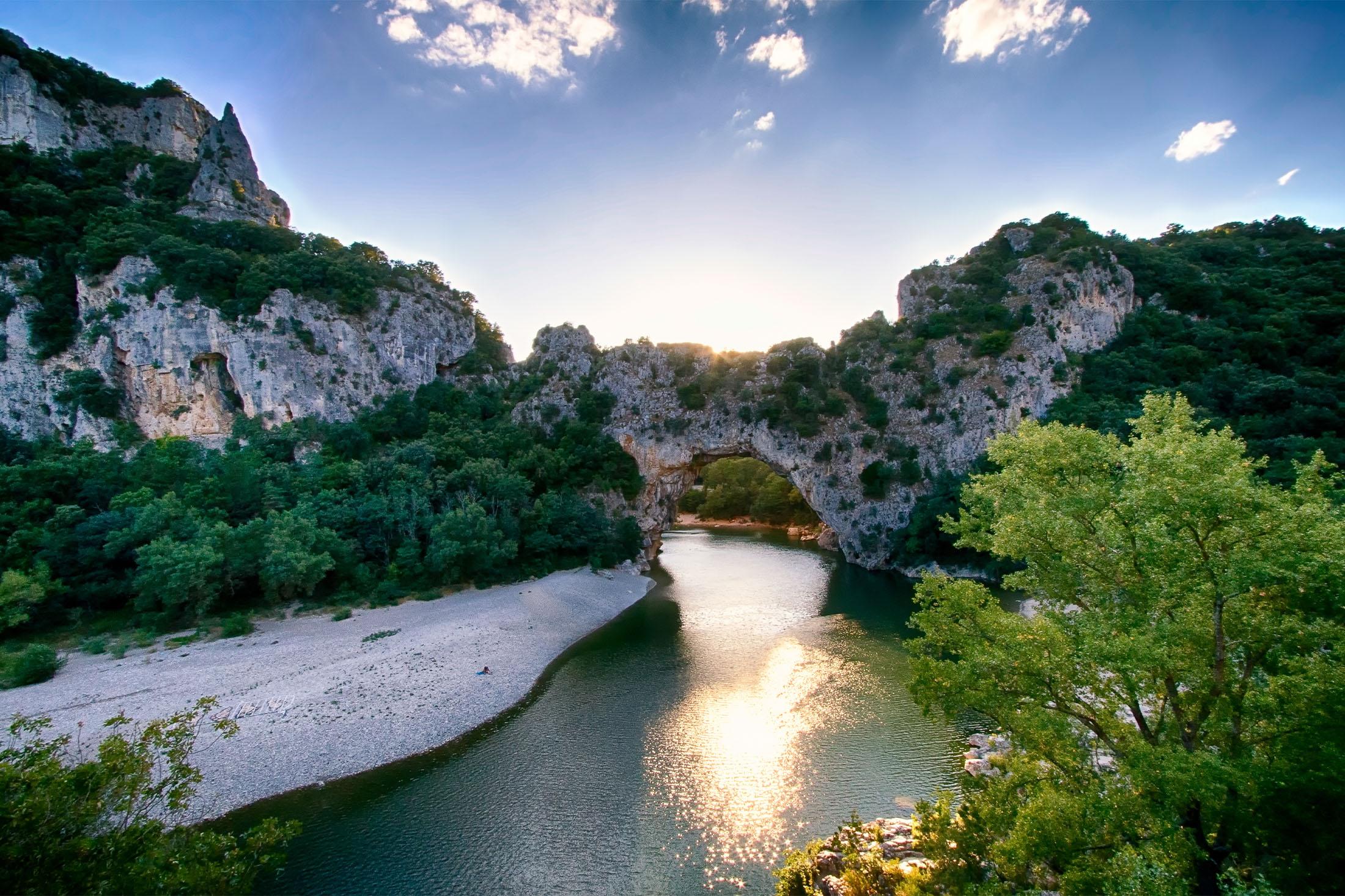 Que faire en Ardèche ? 10 micro-aventures pour (re)découvrir le territoire