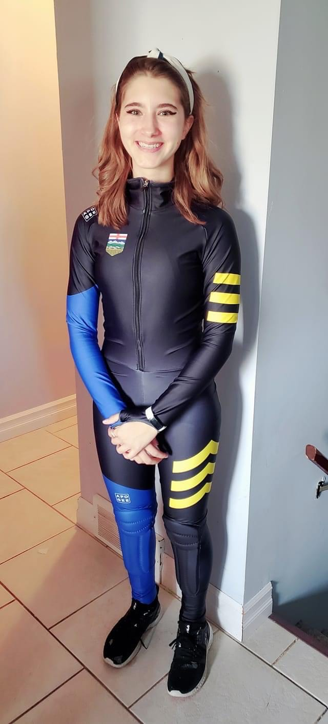 Mikka Eaves with new PT suit Oct2020