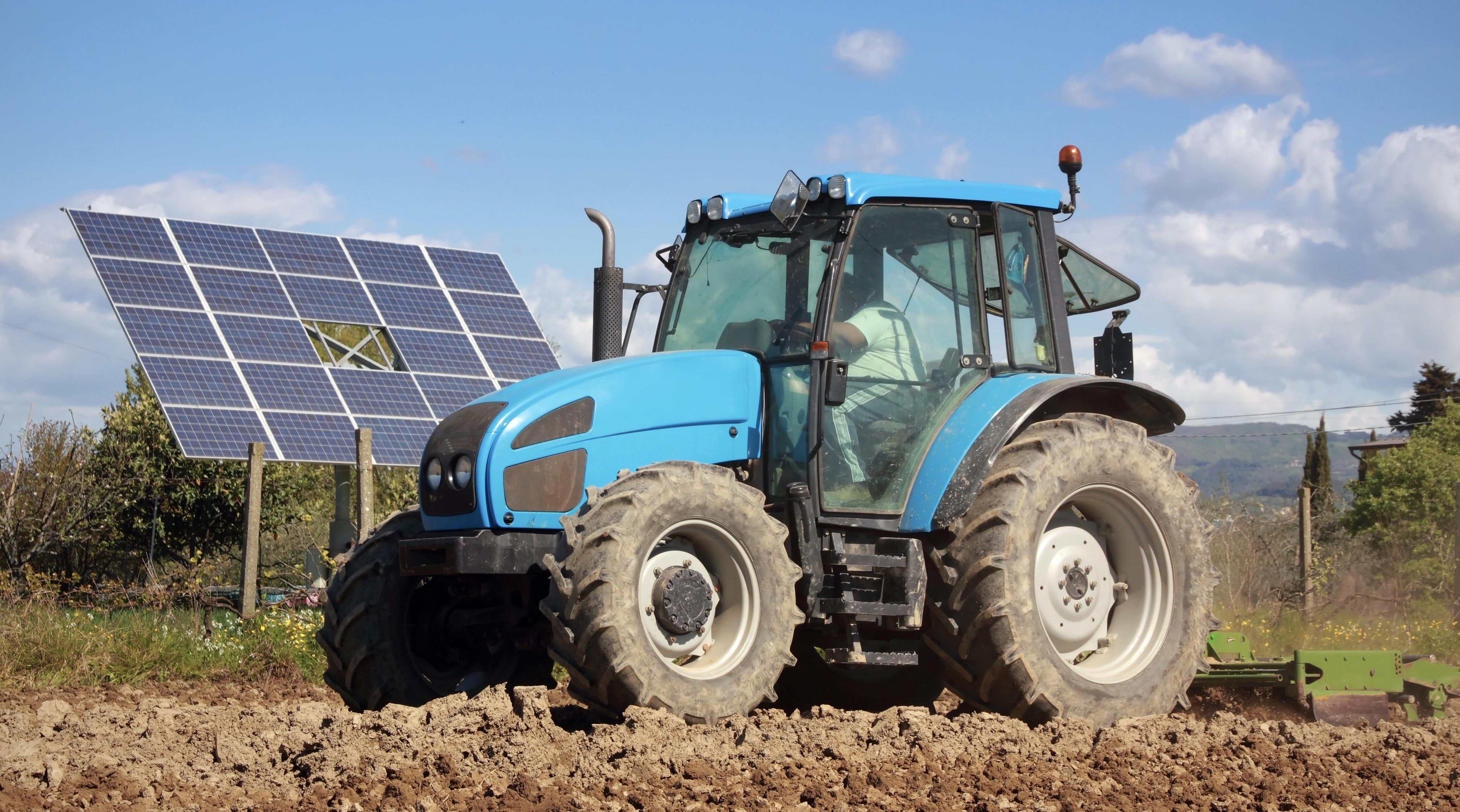 Fotowoltaika dla rolnika 2021, czyli jak przez 15 lat nie płacić podatku rolnego