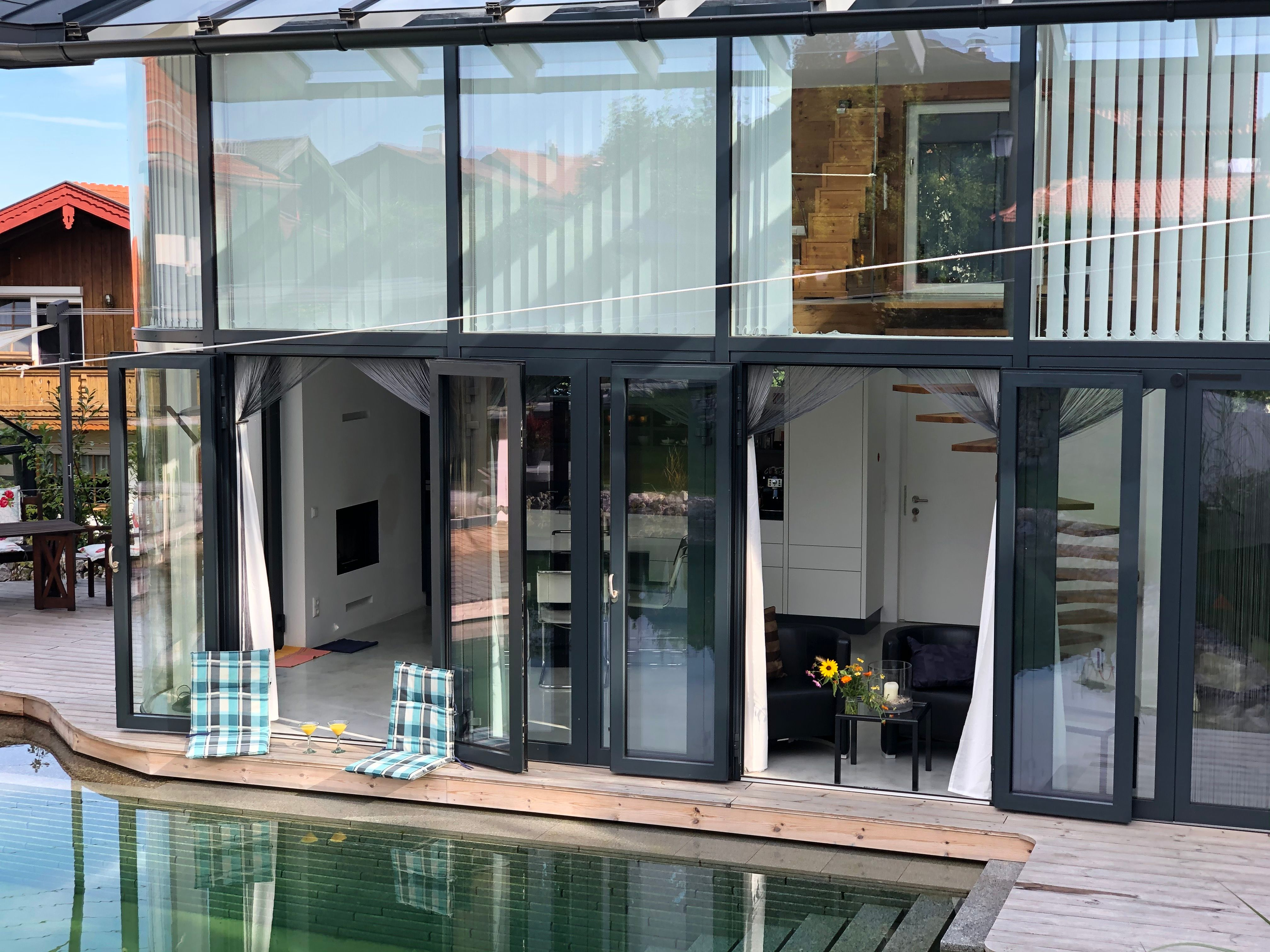 Poolhaus offen
