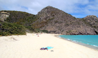 st-barth-clothing-optional-tour