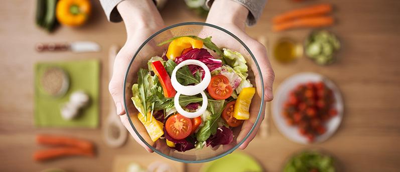 ¿Estás haciendo dieta pero no estás perdiendo peso? 11 errores comunes que impiden que puedas lograrlo (y cómo evitarlos)