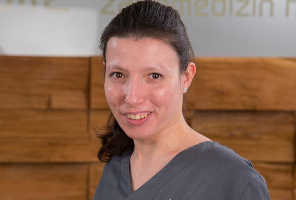 Z-MVZ dental suite - Valerie Löhe - Assistenz