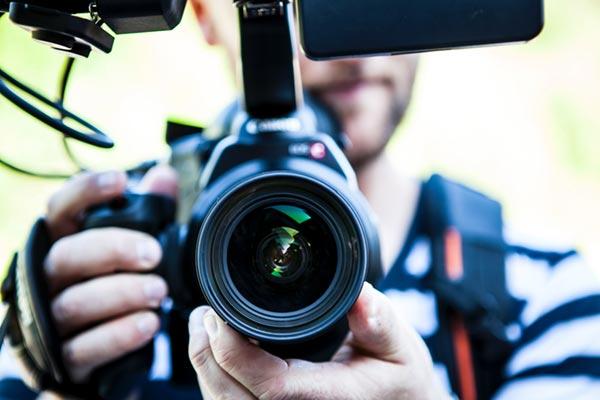en kamera kommer defintivt att behövas