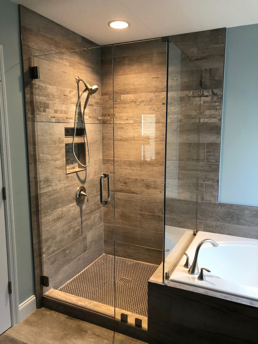 Shower Enclosure with Clamps