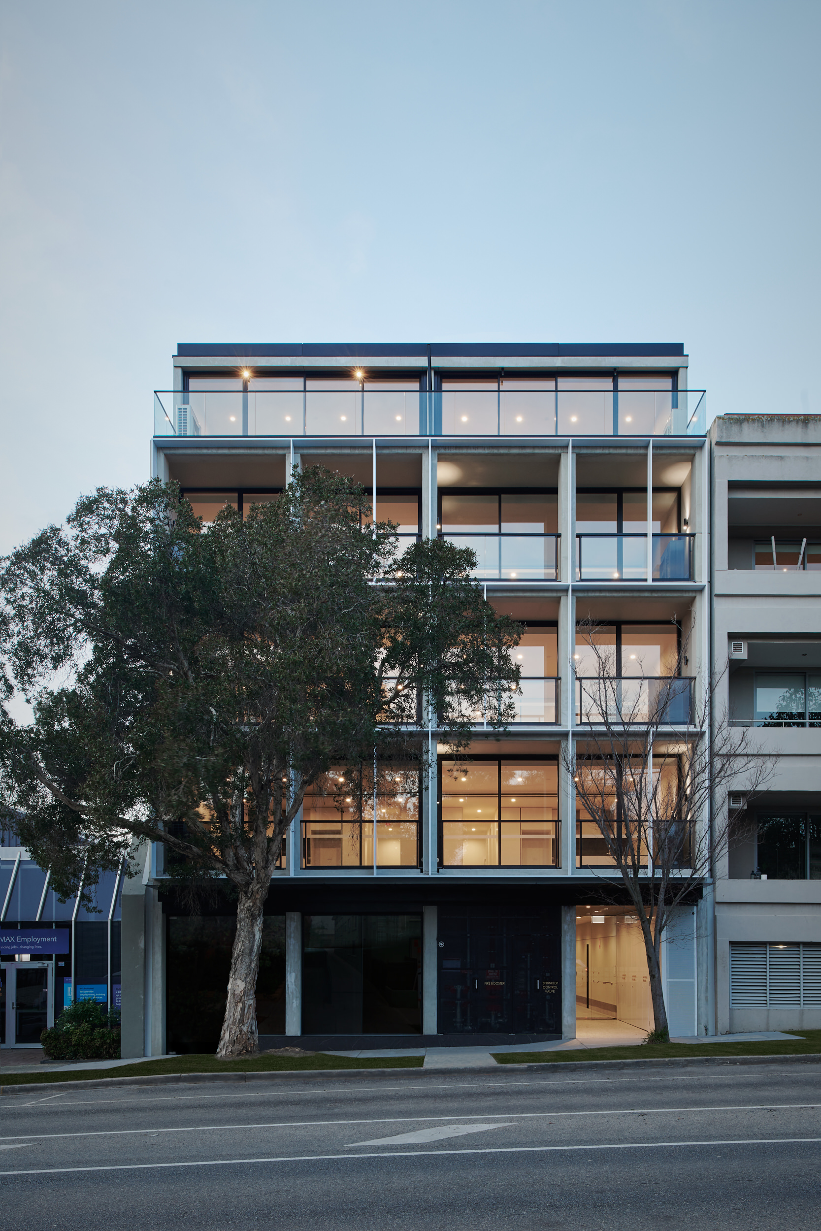 35W is a multi-residential project in St Kilda West. Architecture & Interiors by Bruce Henderson Architects