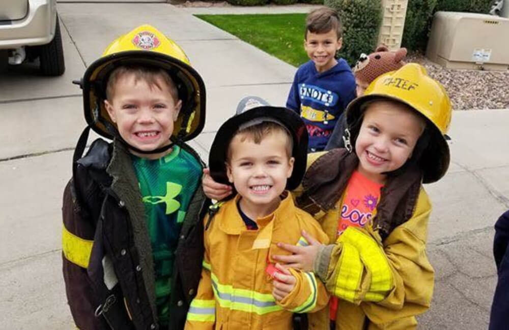 Kid fire fighter costumes.