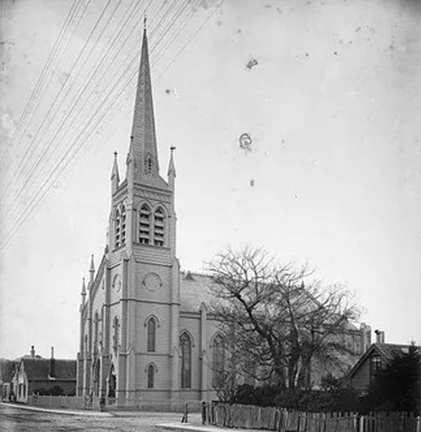 Historic image of original St Peter's on Willis building.