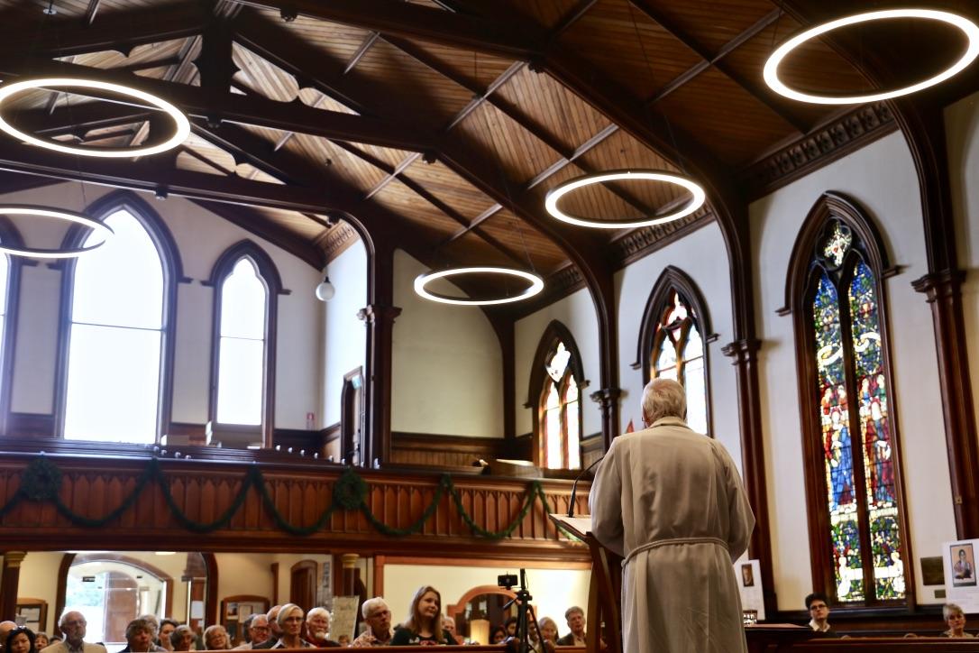 Man preaches to congregation