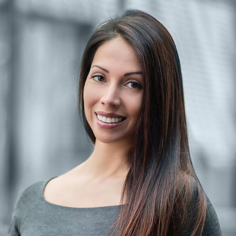 Dr. Alexandra Bause