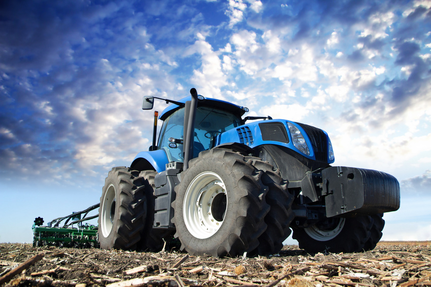 deep tread tractor tire