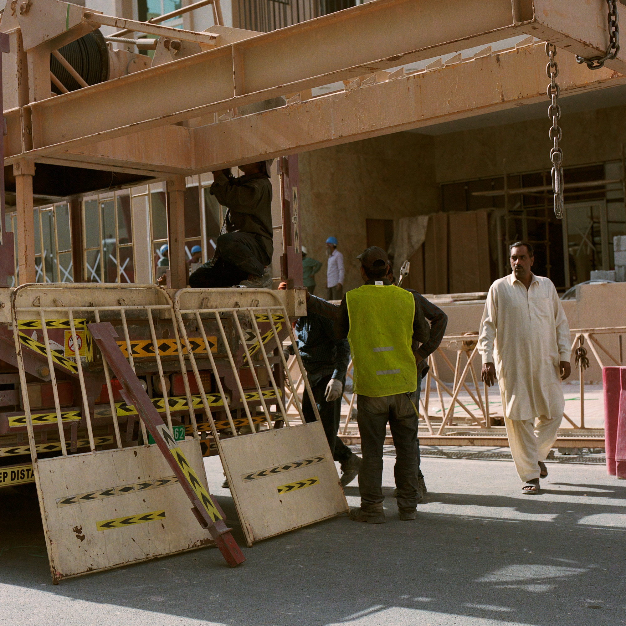 Construction workers at work on site in Dubai, Dubai Labourers