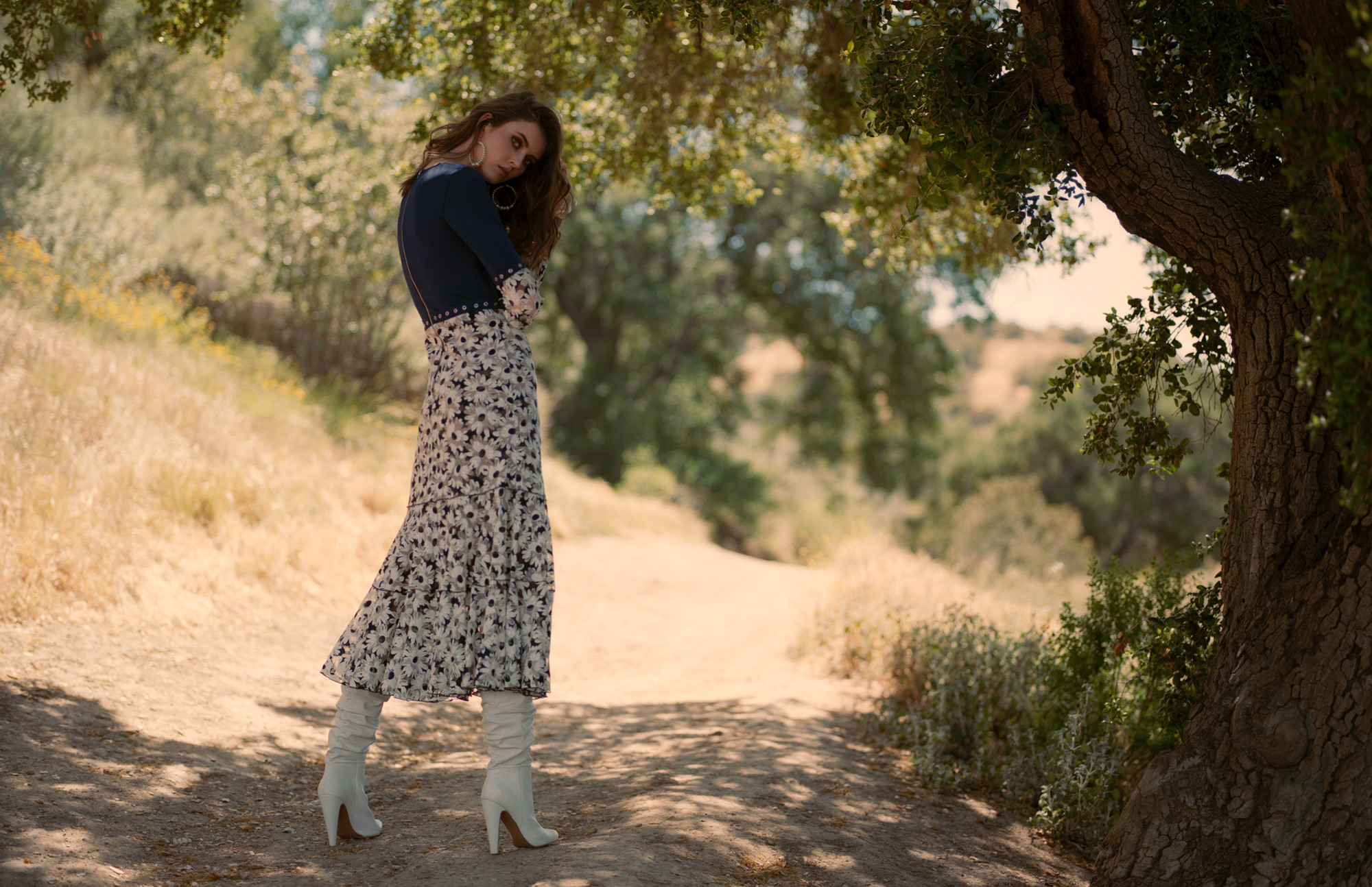 Into The Wild, Emily Rogers in fashion editorial for Promo Magazine by Ioannis Koussertari