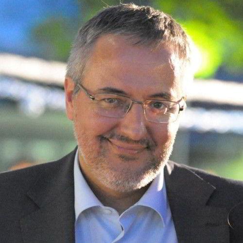 Cláudio Soares