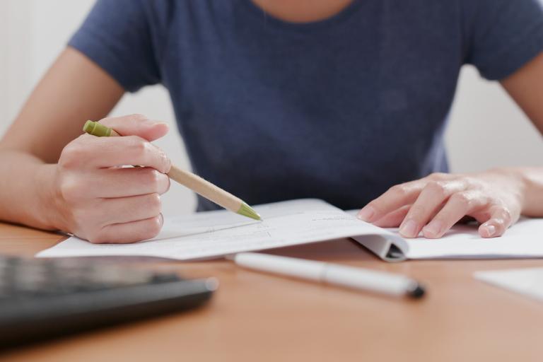 Como ajudar o meu filho a estudar? O papel das famílias