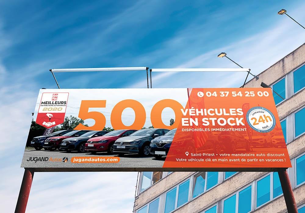 Naöms jugand autos enseigne publicité affichage banderole