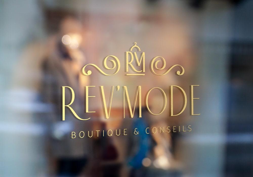 Naöms graphiste communication Albertville logo boutique Rev'Mode